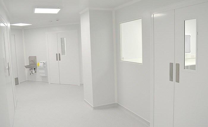 Laborsuite mit Reinräumen von Kingspan Versatile bzw. Precision Panel Construction